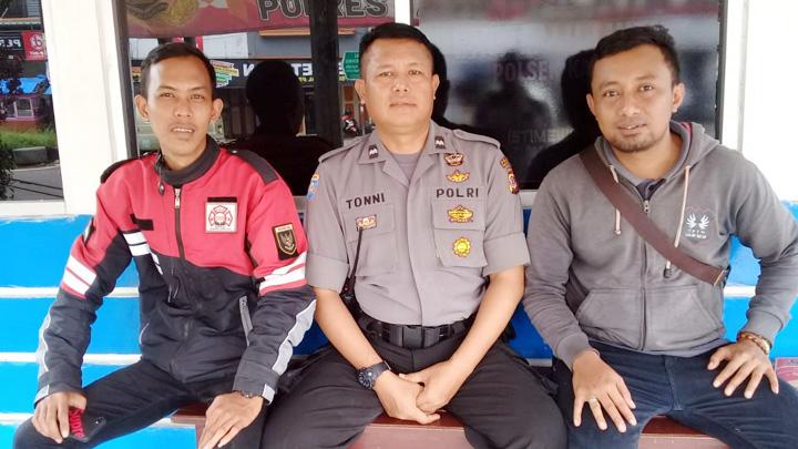 Koropak.co.id - Relawan Galang Dana Tsunami Banten 3