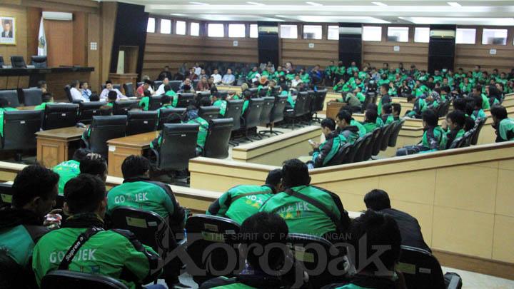 Koropak.co.id - Selalu Mangkir, Dewan Akan Jatuhkan Sanksi Untuk Manajemen Gojek 2