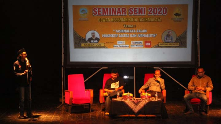 Koropak.co.id - Seminar Seni 2020 Mengupas Kota Tasikmalaya Dari Sudut Pandang Jurnalistik dan Sastra