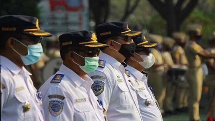 Koropak.co.id - Setelah Mendapat Pelatihan, Poltekpel Banten Lantik Staf Resimen Taruna