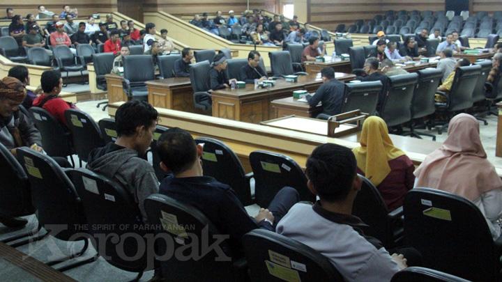 Koropak.co.id - Tanggapi Keluhan LPLHI, Dewan Imbau Jaga Lingkungan (2)