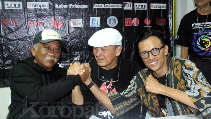 Baca : Piktorial Bandung Bangg Disaksikan Langsung Sang Maestro