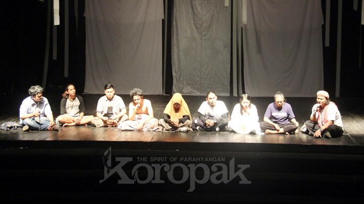 Koropak.co.id - Teater ISI Pandangpanjang Patut Diapresiasi (3)