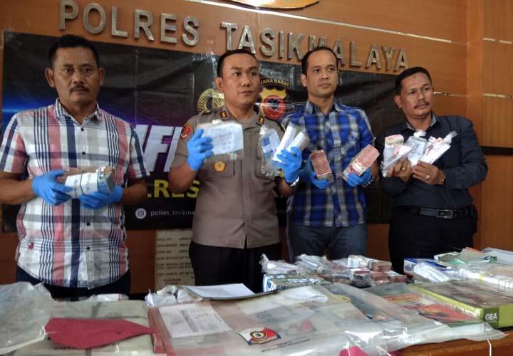 Koropak.co.id - Terduga Kasus Korupsi Dana Bos Siap Dilimpah ke Kejari (2)