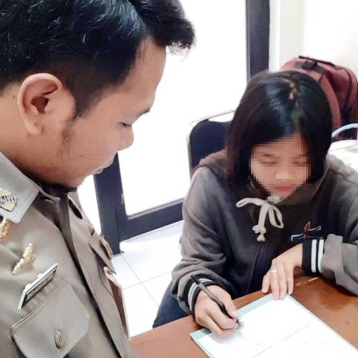 Koropak.co.id - Terimpit Ekonomi Remaja Putri di Tasikmalaya Mengaku Jual Diri