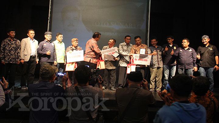 Koropak.co.id - Tiga Seniman dan Budayawan Tasikmalaya Raih Anugerah Budaya