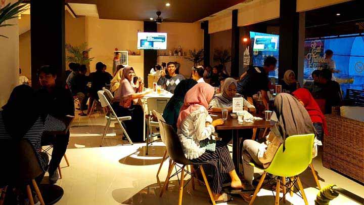 Koropak.co.id - Tjiawi Cafe and Eatery, Paduan Sempurna Makan Enak dan Ngopi Santuy