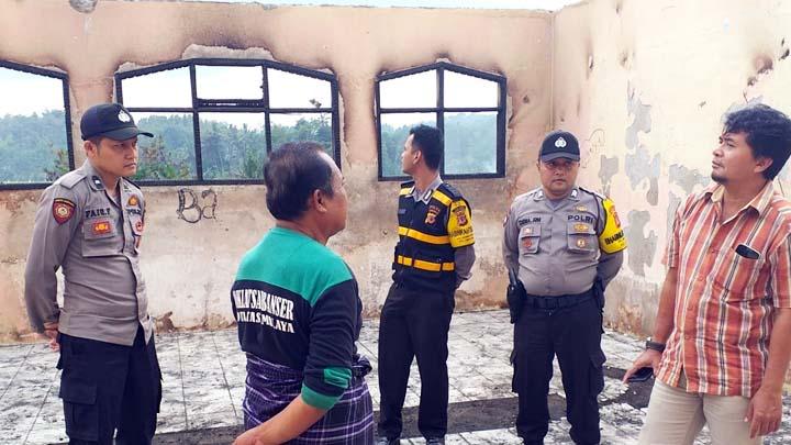 Koropak.co.id - Tsanawiyah Miliki Wakil Ketua DPRD Kota Tasikmalaya Ini Ludes Terbakar (1)