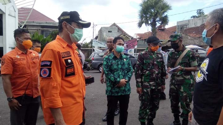 Koropak.co.id - Wakil Walikota Tinjau Posko I Pembatasan Orang Masuk Ke Kota Tasikmalaya (2)