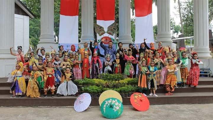Koropak.co.id - Walikota Tasikmalaya Buka Pasanggiri Tari Jaipong Piala Walikota se-Jawa Barat