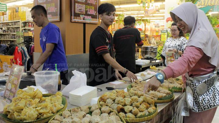 Koropak.co.id - Yuk Jajan! Batagor Asli Bandung Bisa Dinikmati di Yogya HZ (3)