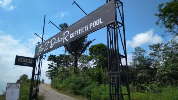 Koropak.co.id - Z Dulur Coffee, Tempat Nongkrong di Tebing Jalan Cisinga Tasikmalaya