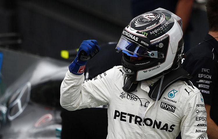 Lomba Desain Helm Mercedes